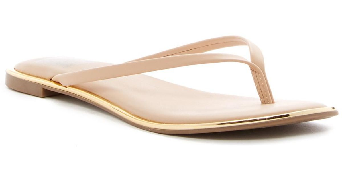 a6ace700c352 Lyst - Dolce Vita Dawn Thong Sandal in Natural