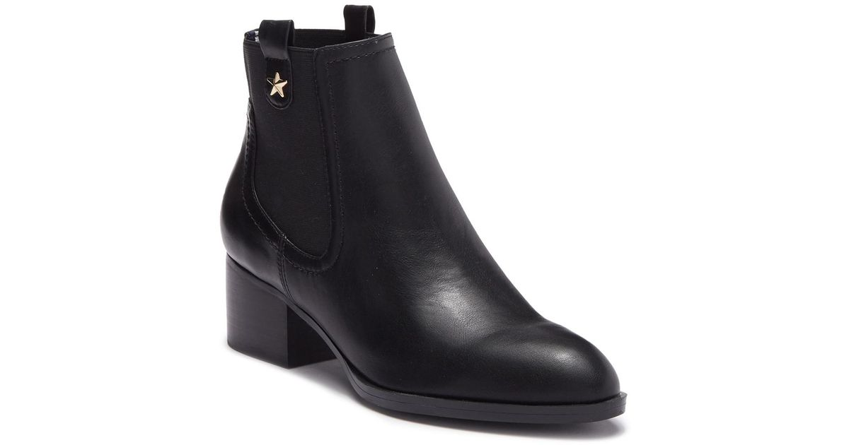 eedacf8c Tommy Hilfiger Roxy Faux Leather Chelsea Boot in Black - Lyst