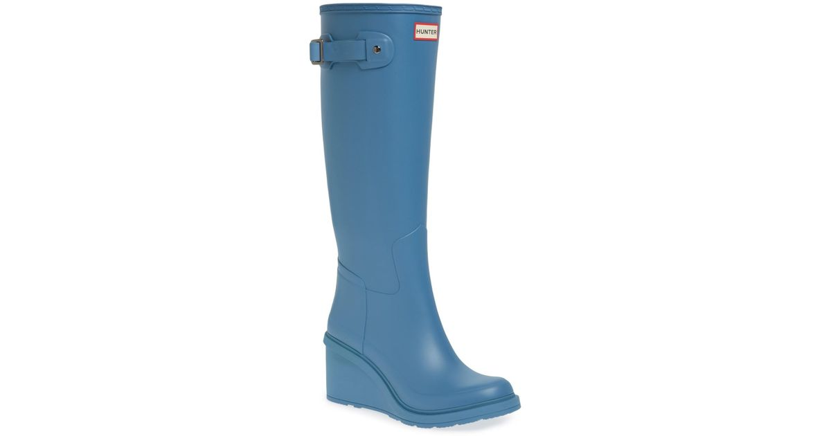 2d2d33d3e257 Lyst - HUNTER Original Refined Wedge Rain Boot (women) in Blue