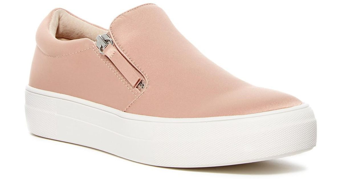 abfe25540ca Lyst - Steve Madden Glaammar Zip Embossed Sneaker in Pink