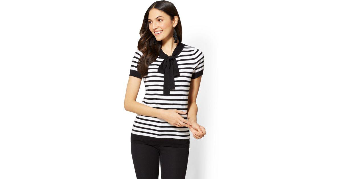 eabb6bbce0a Lyst - New York   Company 7th Avenue - Bow-detail Sweater - Stripe in Black