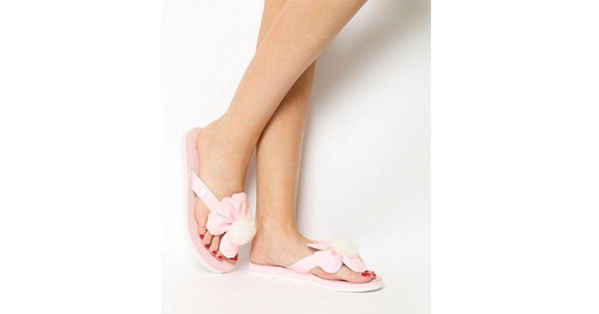 6a9ed179f037 Lyst - UGG Poppy Flip Flop in Pink