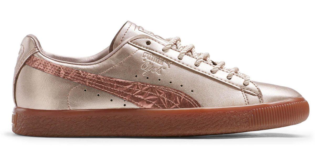 Lyst - PUMA Clyde Tott Women s Sneakers c37b229fc