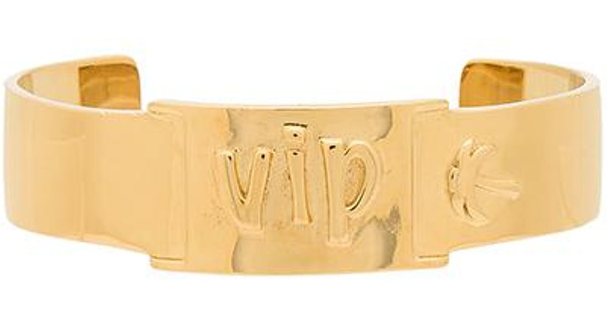 x REVOLVE Chella VIP Cuff in Metallic Gold Joolz by Martha Calvo h6hfoSN0u
