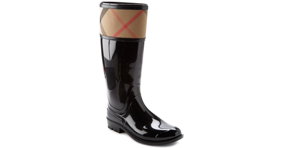 8e5a203728167 Lyst - Burberry House Check Rain Boot in Black
