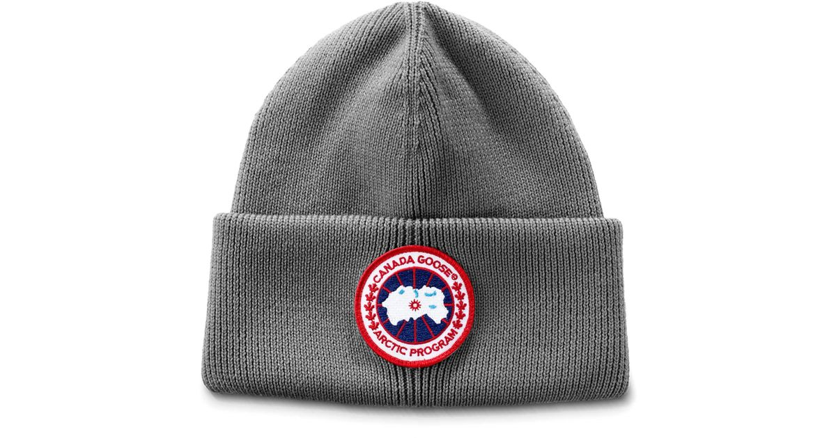 a0593cbb2b2 Canada Goose Arctic Disc Wool Beanie in Gray for Men - Lyst