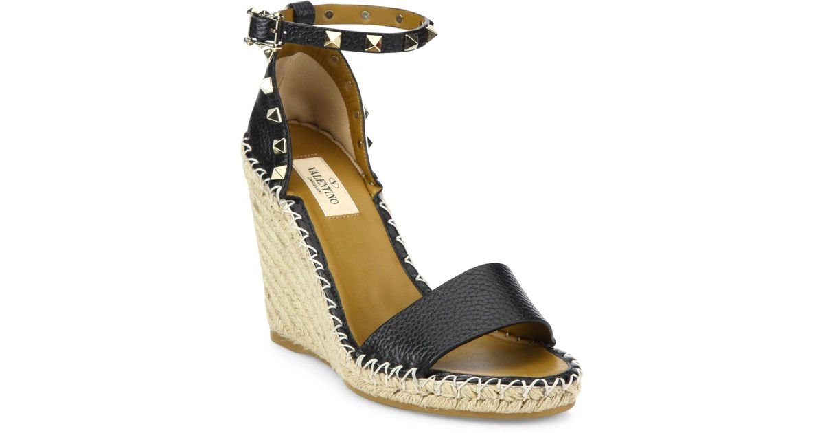 3fd41a0df75 Valentino - Black Women's Rockstud Leather Espadrille Wedge Sandals - Ivory  - Size 37 (7) - Lyst