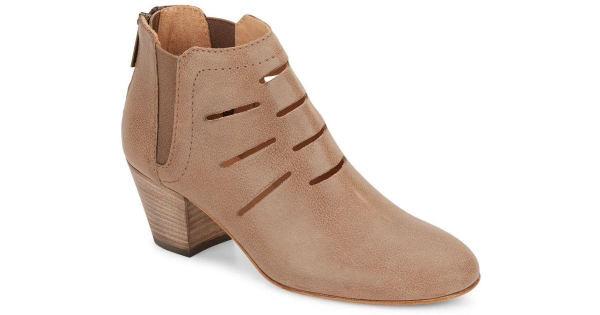 Aquatalia Leather Cutout Booties many kinds of for sale outlet locations for sale footlocker VdD1eNIy9J