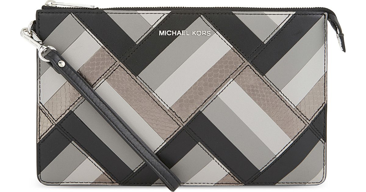 c882b14f8a8c MICHAEL Michael Kors Daniela Marquetry Large Leather Pouch in Black - Lyst