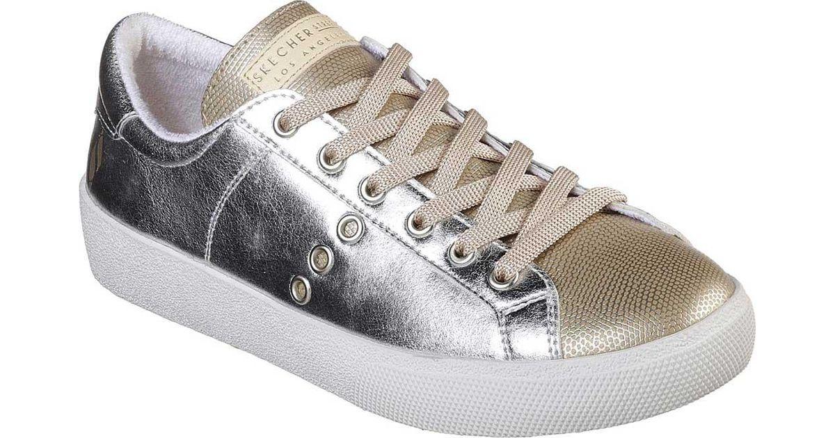 Skechers Aura Mix and Metal Sneaker (Women's) GWKKunpF
