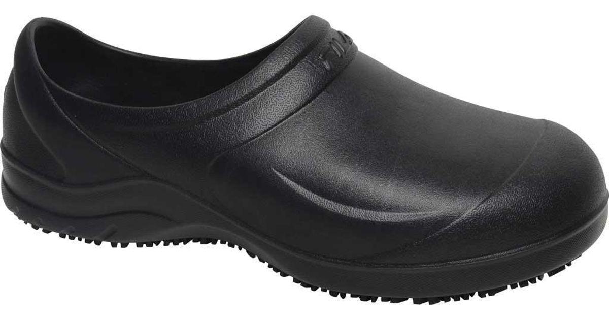 fc018de6bc4f Fila Skypress Slip-resistant Clog in Black for Men - Lyst