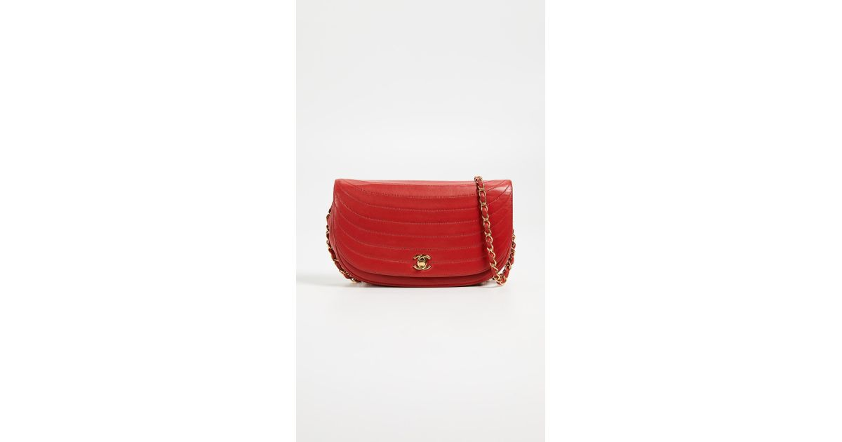 b5a34f751aec What Goes Around Comes Around Chanel Lambskin Shoulder Bag in Red - Lyst
