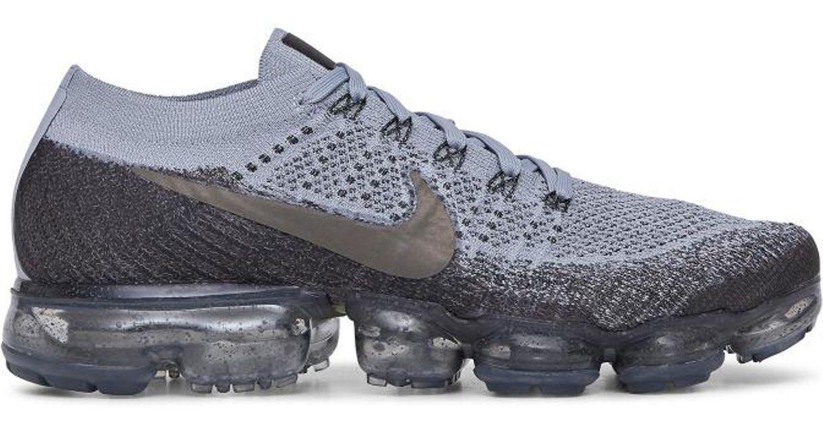 Nike Air Vapormax Flyknit Sneakers in Gray for Men - Lyst 4eb5bfae1