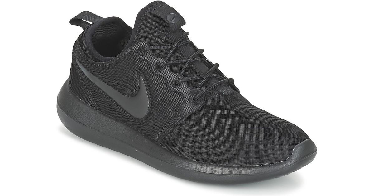 new product 10f9b 5a431 Nike Roshe Two W Women s Shoes (trainers) In Black in Black - Lyst