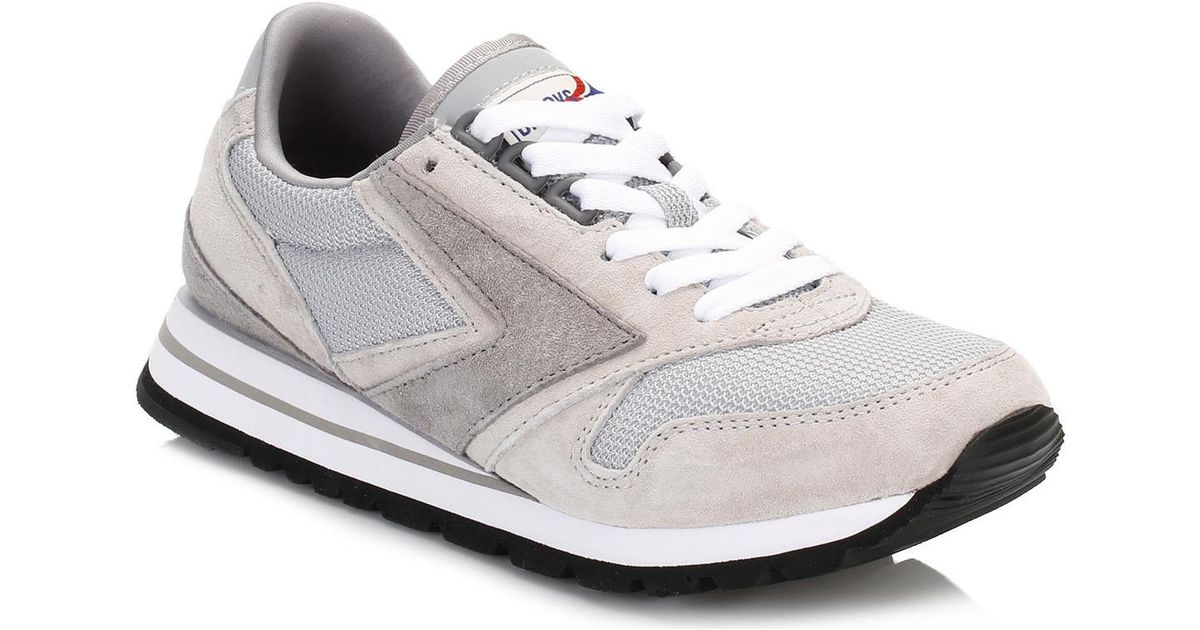 54df7d7aa503f Brooks Womens Athletic Grey white Chariot Trainers Women s Shoes (trainers)  In Multicolour - Lyst