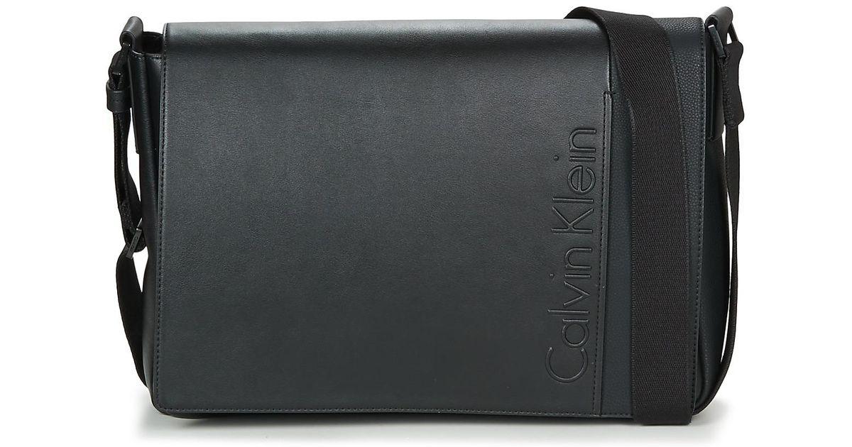 c9145eaa77f Calvin Klein Elevated Logo Messenger Men's Messenger Bag In Black in Black  for Men - Lyst