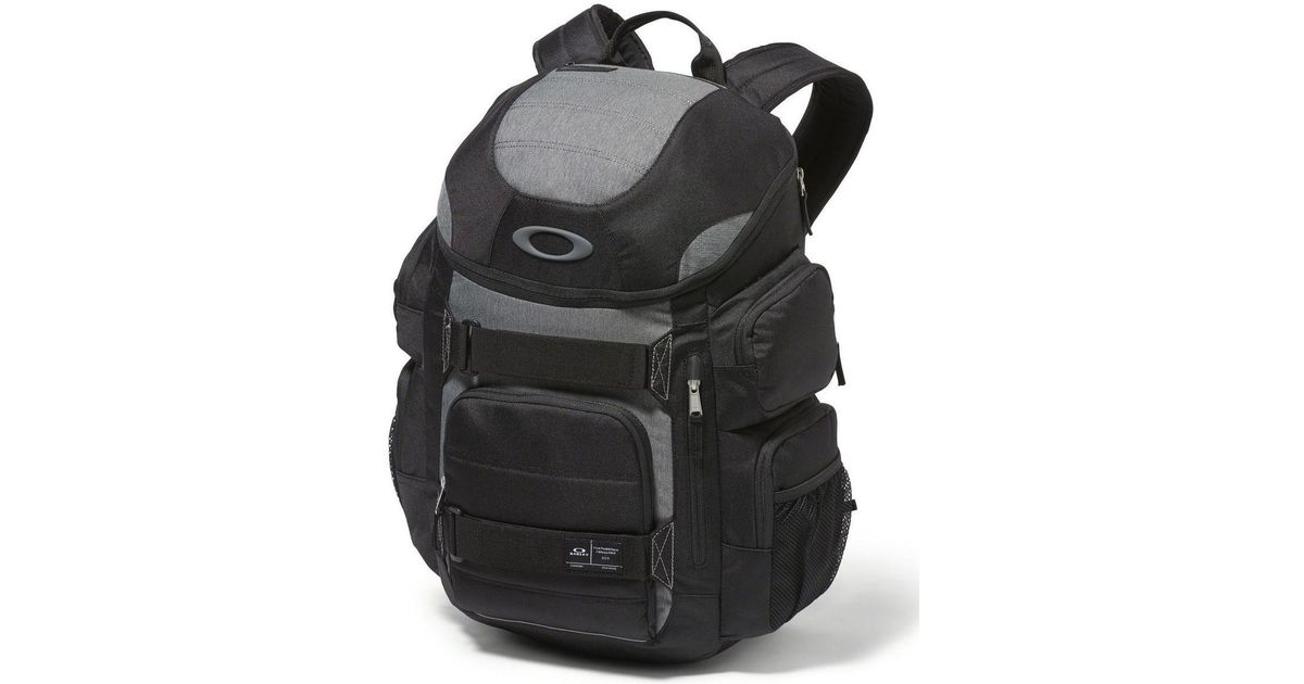 8445c0790a Oakley Enduro 30l 2.0 Backpack - Blackout Men s Backpack In Black in Black  for Men - Lyst