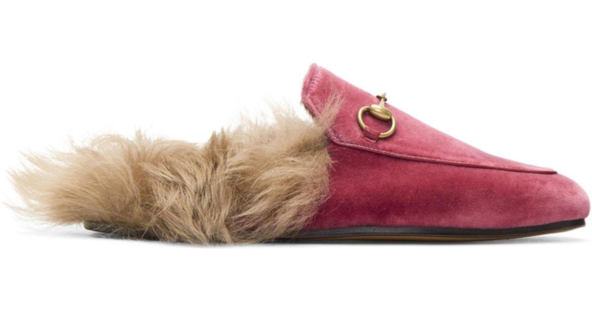 1dee796ea Gucci Pink Velvet & Fur Princetown Slippers in Pink - Lyst