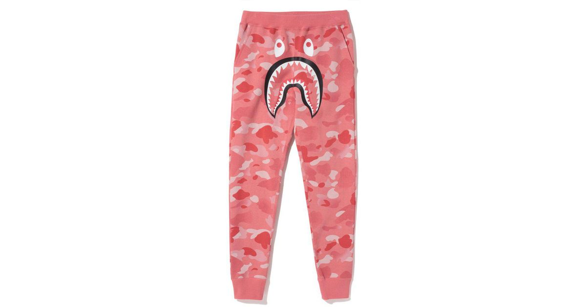 Lyst - A Bathing Ape Gradation Camo Shark Slim Sweat Pants Pants (ladies)  Pink in Pink fd20cad1a