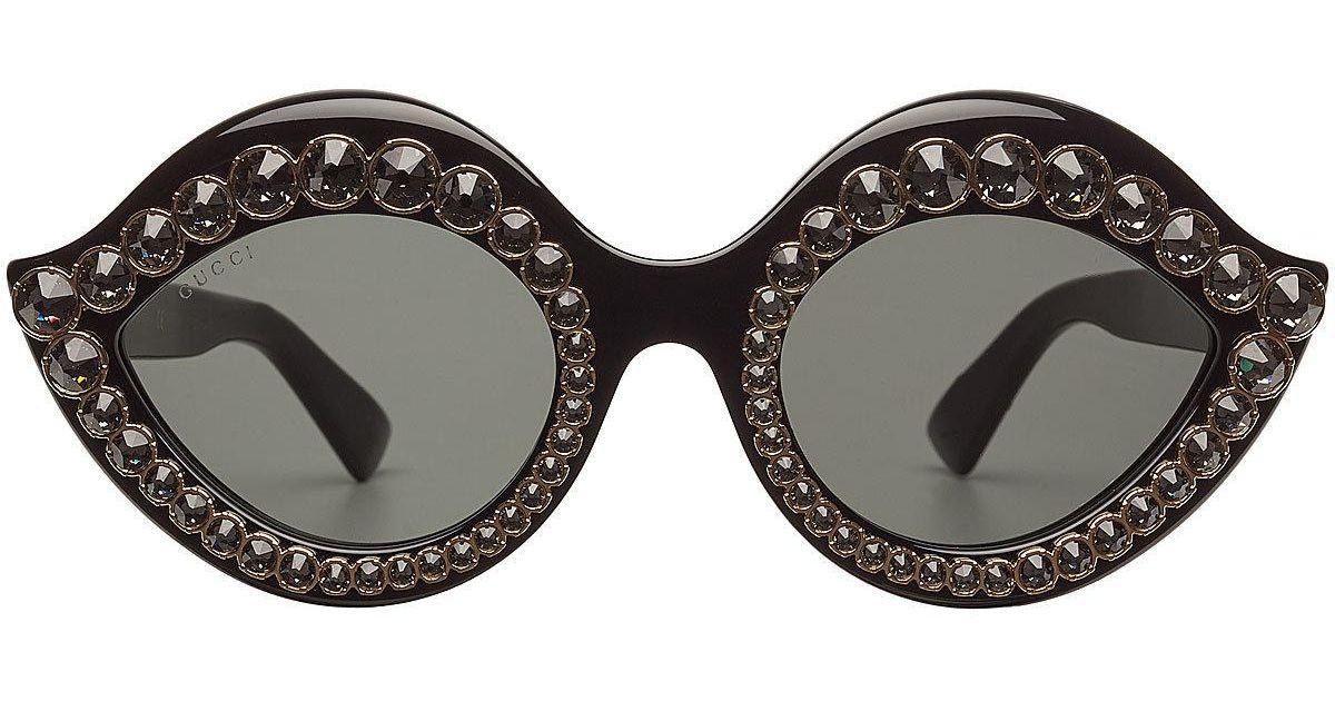 a012835e622e91 Lyst - Lunettes de soleil yeux de chat avec strass Gucci en coloris Noir