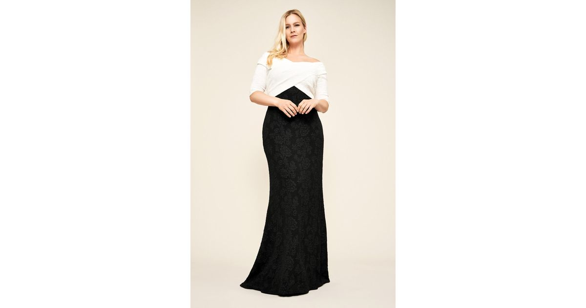 ce8221c9ca3 Lyst - Tadashi Shoji Hudson Off-the-shoulder Crepe Gown - Plus Size in Black