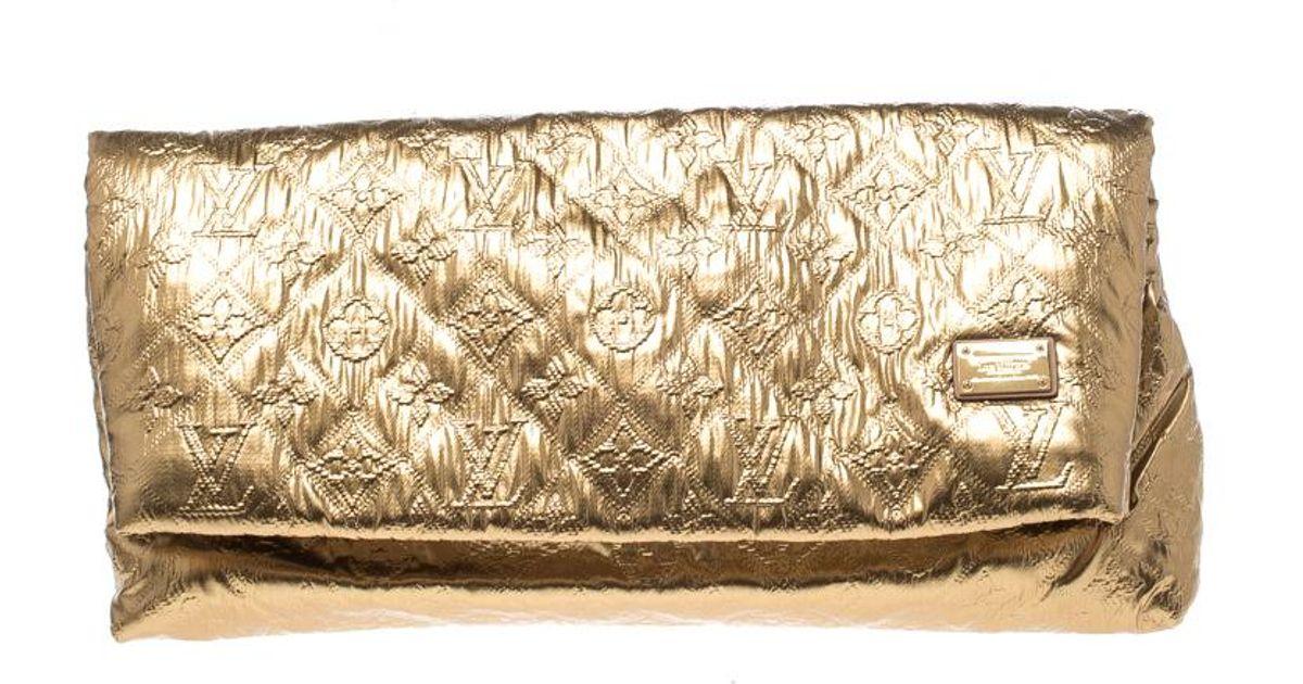 70f76424ce71 Lyst - Louis Vuitton Saumon Monogram Limelight Mm Clutch in Metallic