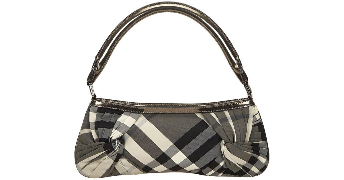 18fd07012b42 Burberry Metallic Beat Check Nylon Shoulder Bag in Gray - Lyst