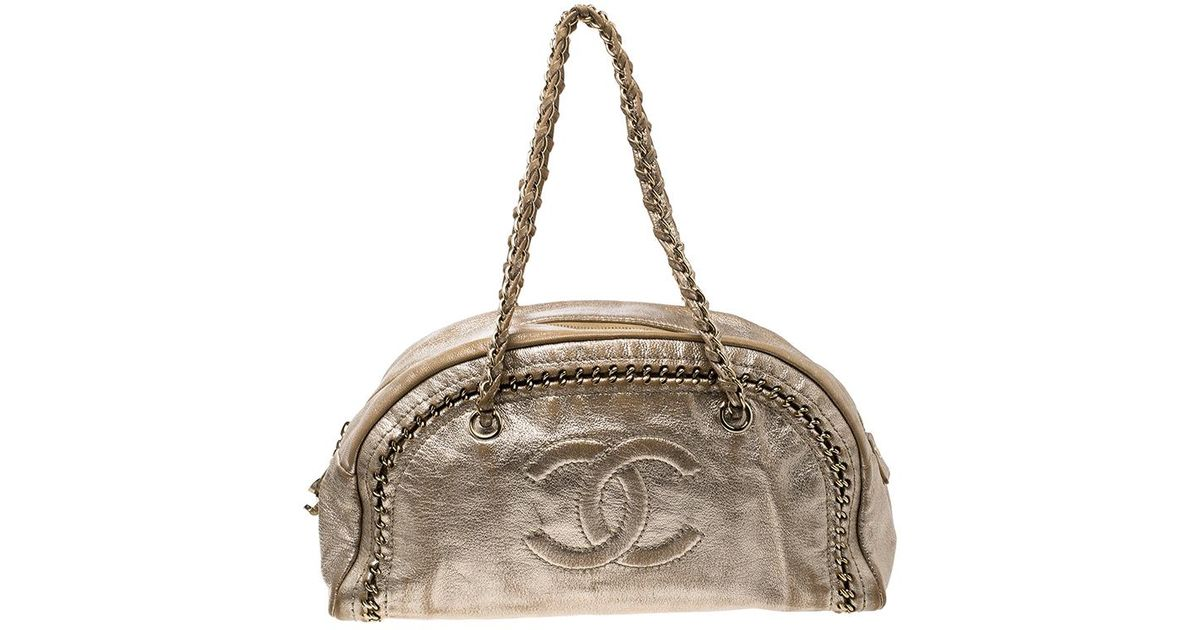 d22c5b68bf Chanel Metallic Gold Leather Medium Chain Trim Luxe Ligne Bowler Boston Bag  in Metallic - Lyst