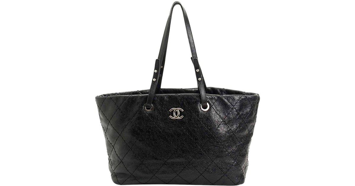 Lyst - Chanel Quilted Glazed Leather Large On The Road Tote Bag in Black