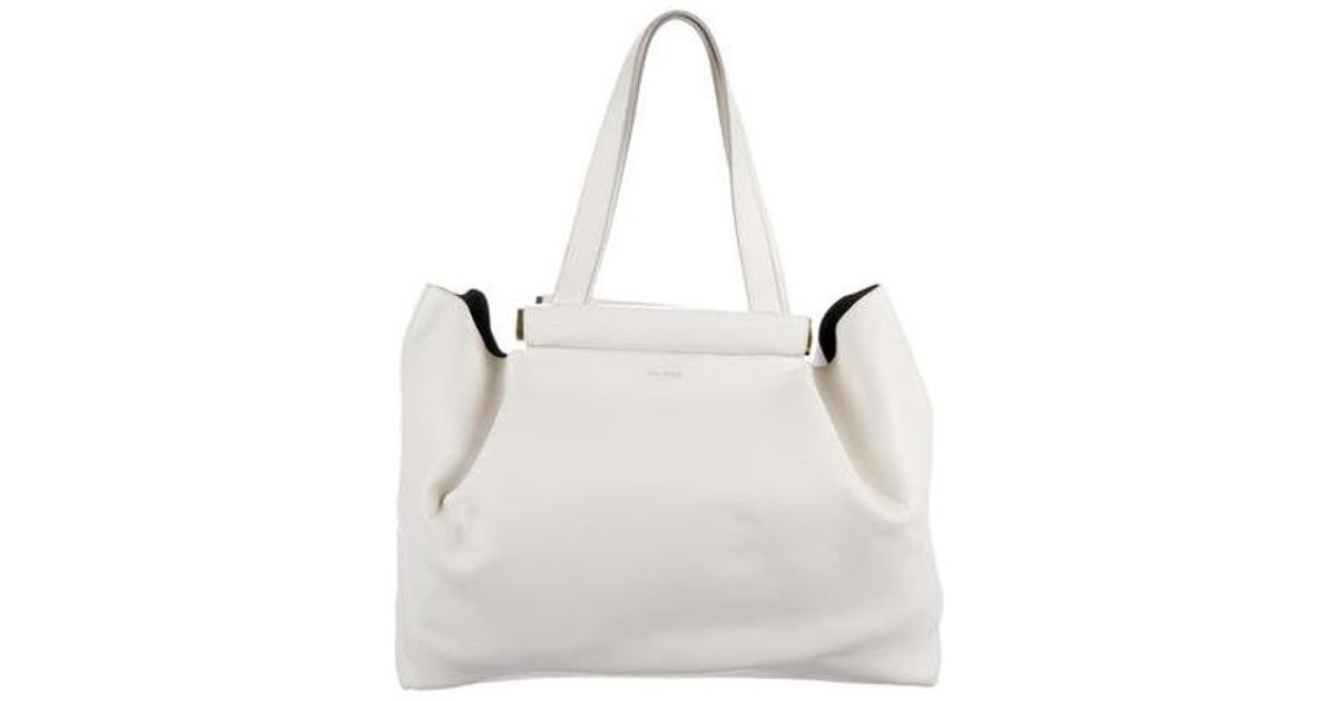 2d0480d370 Lyst - Nina Ricci Leather Thais Tote Gold in Metallic