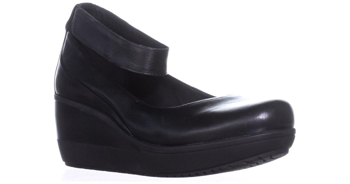 dabc06736566 Clarks Wynnmere Fox Ankle Strap Wedge Heels in Black - Lyst