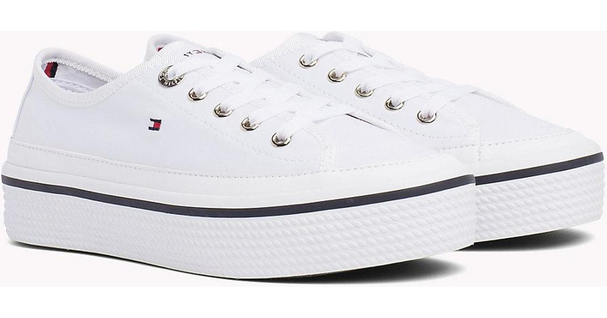 8eb82de3 Tommy Hilfiger Corporate Flatform Sneaker Low-top in White - Lyst