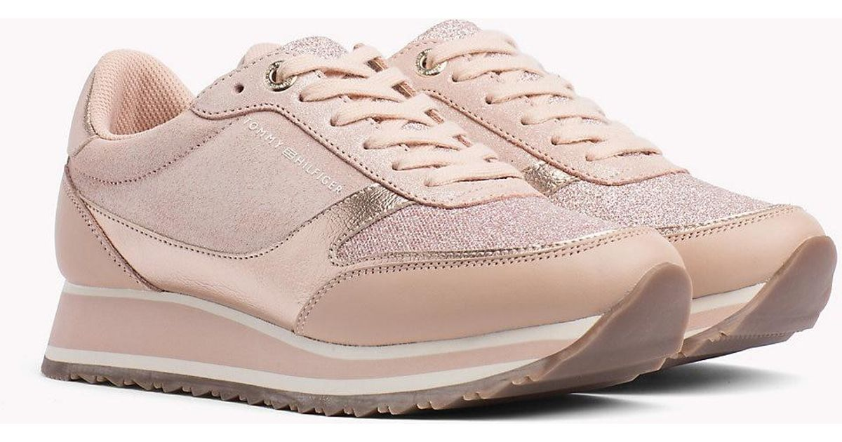 a2e5f046a5e280 Tommy Hilfiger Metallic Retro Trainers in Pink - Lyst