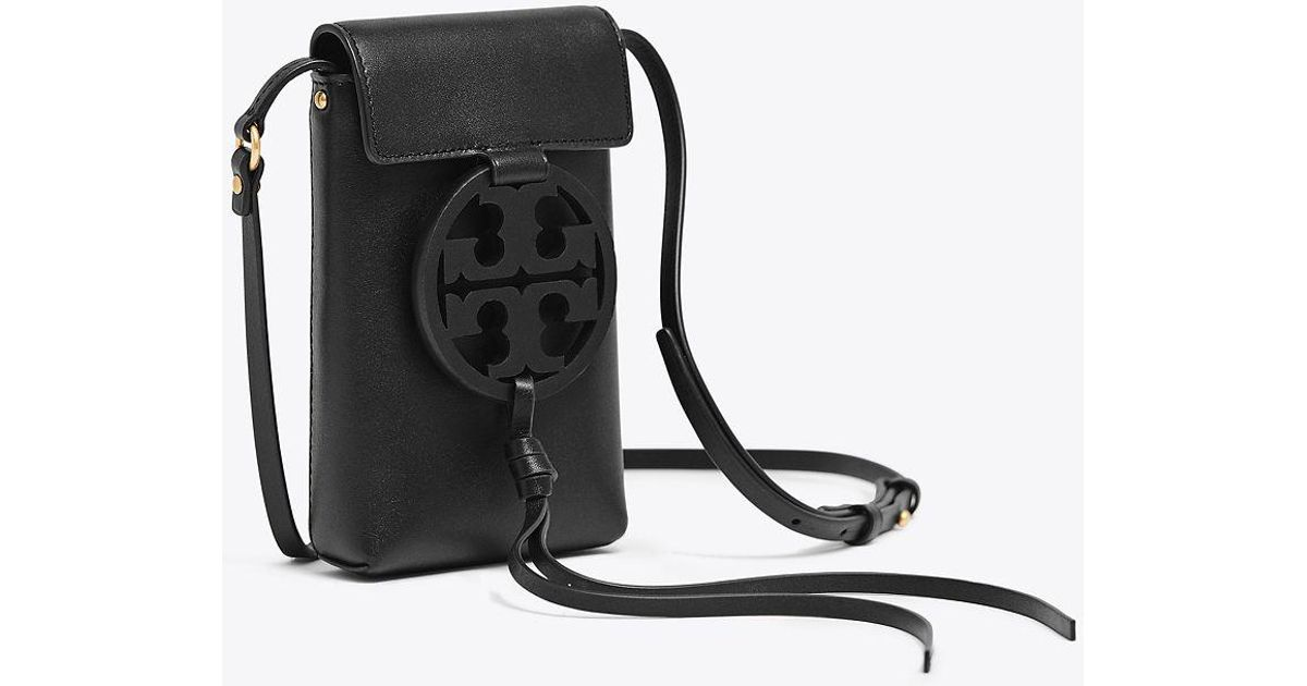 ad44a204ccc7 Lyst - Tory Burch Miller Black Leather Phone Case Cross-body Bag in Black -  Save 2%