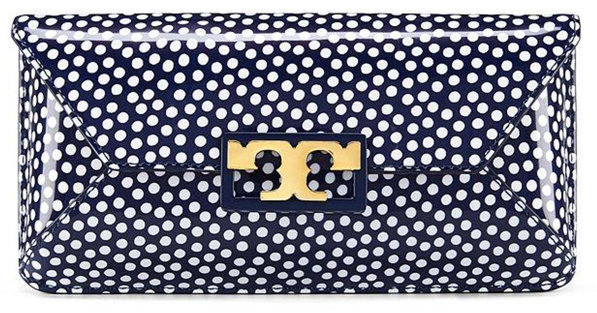 cae1d1f09da2 Lyst - Tory Burch Gigi Printed Patent Clutch in Blue