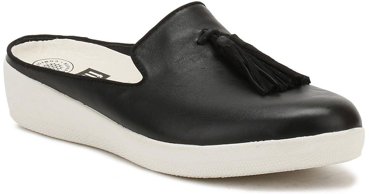 2acf1db4f Lyst - Fitflop Womens Black   Urban White Tassel Superskate Leather Slip-ons  in Black
