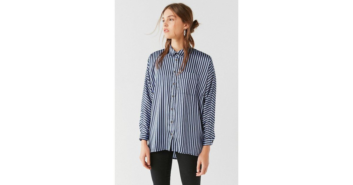 c39a33235e366 Urban Outfitters Uo Sunny Day Satin Button-down Top in Blue - Lyst
