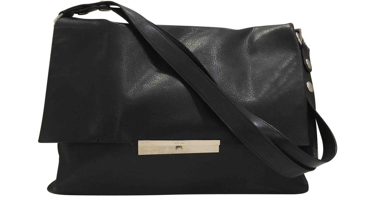 1bf8130ae4 Lyst - Céline Pre-owned Blade Leather Handbag in Black
