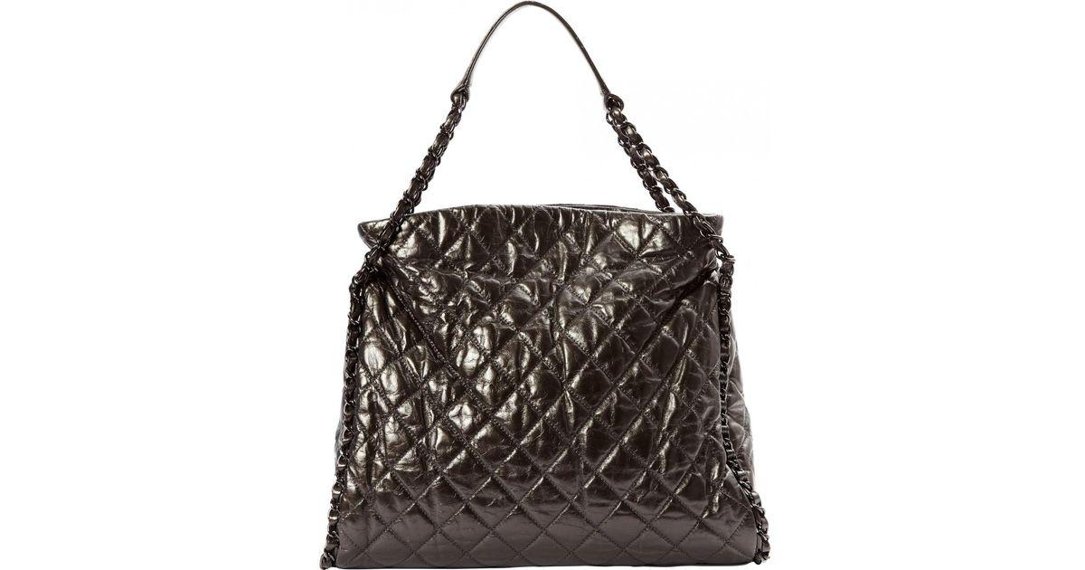 4906c21be3dd Chanel Grey Leather Handbag in Gray - Lyst