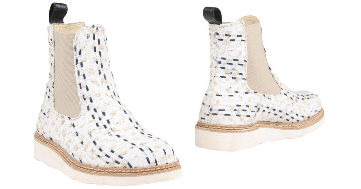 3d0273f360dc Lyst - Diemme Ankle Boots in White