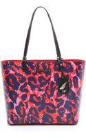 Diane von Furstenberg Heritage Print Ready To Go Tote - Vintage Leopard Large Red - Lyst