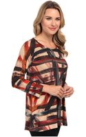 Nally & Millie Printed Ls Sweater Tunic - Lyst