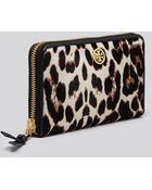 Tory Burch Wallet - Robinson Leopard Print Calf Hair Zip Continental - Lyst