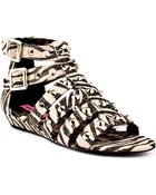 Betsey Johnson Aeroo - Lyst