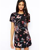 John Zack Shift Dress In Fall Blossom Print - Lyst
