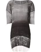 Issey Miyake Graphic Print Pleated Top - Lyst