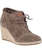 Toms Desert Wedge Ankle Boot Taupe Suede - Lyst