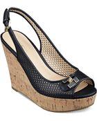 Tommy Hilfiger Women'S Kaluwa Platform Wedge Sandals - Lyst