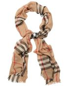 Burberry Camel Crinkled Giant Check Cashmere Scarf - Lyst