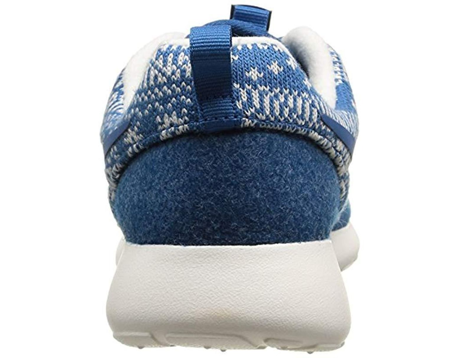 best service 1031a e1066 Nike Wmns Roshe One Winter Running Shoes in Blue - Lyst